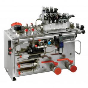 Hydraultank 130 liter, inkl. påfyllning/luftning/filter, nivå-/temperaturmätare, sug-, tryck- och läckoljeanslutningar, solenoidventil /HT1013) och block för kontrollenheter