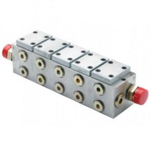 Block för montering av extra kontrollenheter (exkl. HT1013)